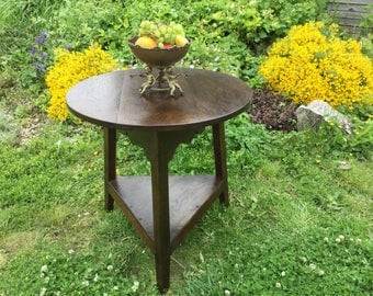 Antique style country oak cricket table
