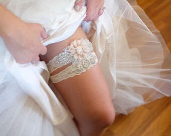 Crystal Wedding Garter Set, Bridal Garter, Wedding Garter Set, Stretch Lace Garter, Rhinestone Crystal Bridal Garters