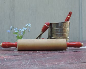 Vintage Wooden Rolling Pin Wooden 40s Munising Rolling Pin Red Handles Munising Woodenware Red-handled Roller  Cookware Baking Accessory