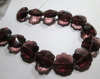 15 Violet Prism Glass Flower Beads