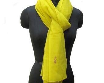 Vintage scarf/ long scarf/ green scarf/ chiffon scarf/ large scarf / fashion scarf/ gift scarf/ gift ideas.