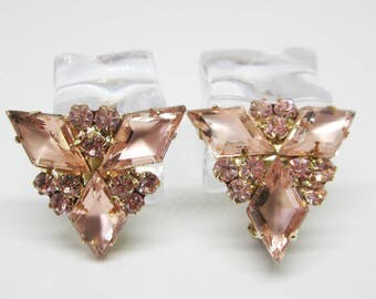 "Vintage Jewelry - ""Juliana"" Pink Rhinestone Earrings - Book Piece - DeLizza & Elster - Kite Rhinestones"
