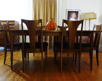 Mid Century Modern Broyhill Brasilia Sculpted Walnut Dining Room Table & 6 Chairs Set (PureVintageNYC)