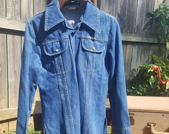 Vintage 70s Denim Sedgefield Do Nothing Jean Shirt Size Small