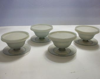 Vintage Tupperware Small Gray Parfait Cups with Seals, Tupperware, Parfait Cups, Pudding Cups, Gelatin Cups, Sundae Cups, Fruit Cups