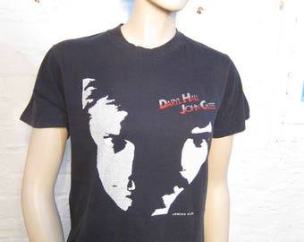 Size Women's M (38) ** 1982 Daryl Hall and John Oates Concert Shirt (Double Sided)