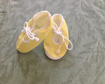 Vintage Baby Shoes, Yellow & White Check Baby Booties Size 1, Soft Soled Cotton Shoes, Doll Shoes