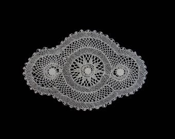 Vintage handmade crocheted doily --white netted doily with spiderweb centers -- 16x10.5 inches / 40.5x27 cm