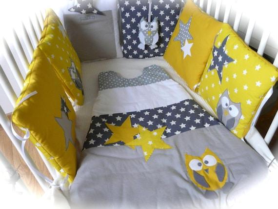 tour de lit chouettes et toiles jaune et gris. Black Bedroom Furniture Sets. Home Design Ideas
