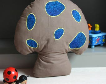 Pillow shape mushroom taupe, blue and green