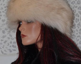 Luxury Faux Fur Headband Hat in Creamy Beige with Subtle Brown Streaks