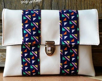 Vintage satin white leatherette and psyche POP triangle patterns clutch multicolored original silver clasp