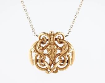 Antique Art Nouveau Pendant in 18k Yellow Gold