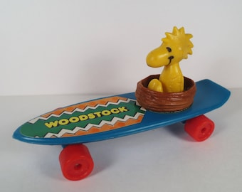 1972 Peanuts Woodstock Skateboard toy by United Feature Syndicate
