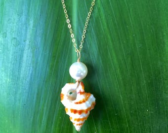 Shell + White Pearl Necklace