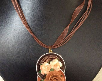 Necklace in organza with aluminium nespresso pendant with flowers