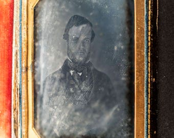 half plate Dagerreoype portrait of unidentified gentleman circa 1845