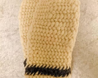 Beige needlebound winter mittens size XS