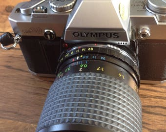 Vintage olympus OM 30 camera with carry case and removable lenses 1050592 Japan.