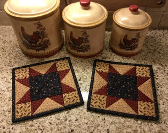 Kitchen Pot Holders / Quilted Potholders / Country Decor / Handmade /Patriotic Decor / Farmhouse Decor/  Item #2091