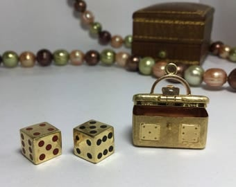 Gubelin Chest and Gold Dice pendant 18k Gold - Gold craps Dice