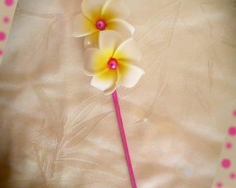 Peak bun customize fuchsia plumeria flowers