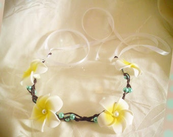white bridal plumeria flowers and pearls Crown