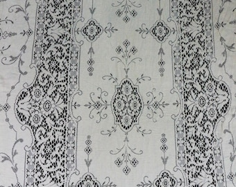 Quaker Lace Tablecloth, Lace Twin Bed Cover, Picot Loops, Ivory Lace Tablecloth, Shabby Chic, Weddings, 1950s, Vintage Linens