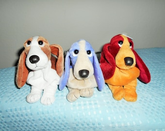 """Bean Bag Plush """"Hush Puppies"""" Those Adorable Basset Hound Dogs With The Soulful Eyes&Floppy Ears. Choice of 7 Colors/New With Applause Tags"""