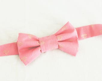 Pre-Tied Bow Tie with Adjustable Strap - Pink & Gold Diamonds