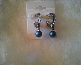 B#024 Blue and bronze color stud earrings
