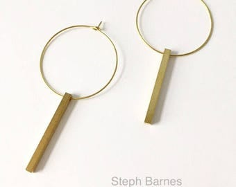 Geometric earrings in brass