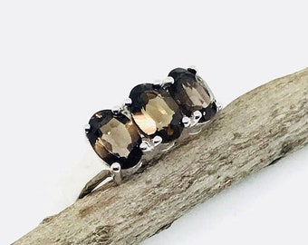 10% Smokey Topaz ring set in sterling silver 925. size 5. Natural authentic stone.