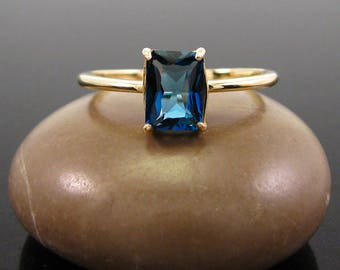 London topaz ring blue topaz 14K gold ring size 3 4 5 6 7 8 9 10 11 12 13 london blue ring - blue topaz topaz ring 7x5 mm solid gold