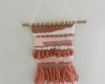 Wall weaving wool pink