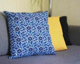 Cushion cover 40 X 40 cm Blue graphic