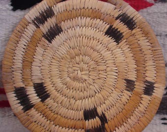 Native American Papago Tohono O,odham Polychrome Basket Weaving 7 3/4 Inches Authentic