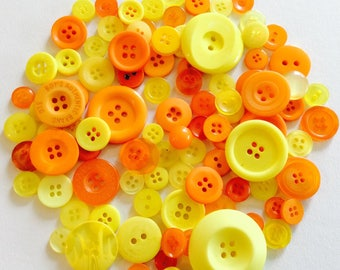 Mix of 100 buttons of various sizes (Ref.MIX1012)