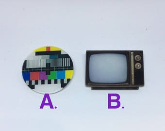 Retro 1970s, 80s Old school Television & TV screen funky punk Badge brooch