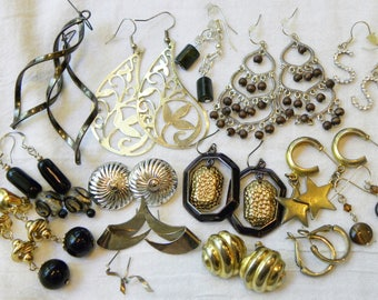Vintage gold and silver earring lot, 15 piece vintage to now earring lot, gold and silver tone earring lot, gold tone lot, destash earrings