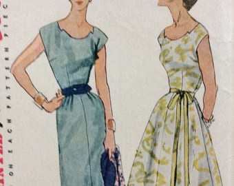 Simplicity 4358 misses dress w/two skirts size 14 bust 32 vintage 1950's sewing pattern