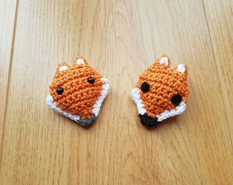 Fox Brooch, Crochet Fox, Ladies Brooch, Fox Pin, Woodland Animal,