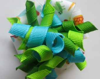 Blue and Green Korker Hairbow, Bugs hairbow, blue and green bow, corker hairbow, girl's hairbow, girl's hair bow, 2 3/4 inch hairbow,