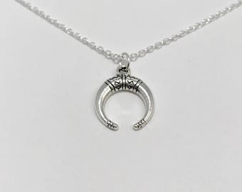 Double Horn Necklace/Silver Double Horn Necklace