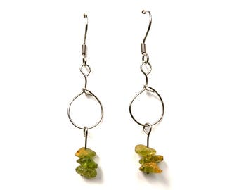 Minimalist fashion jewelry, silver dangle earrings, green gemstone jewelry handmade peridot gemstone earring fashion minimalist earring ylic