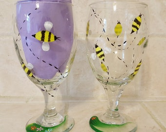 Bumble Bee - Wine Glasses