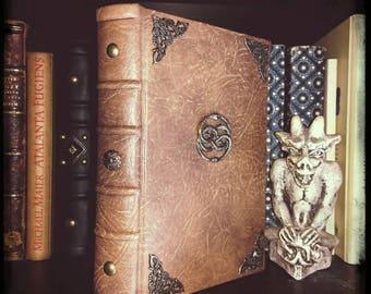 The infinite Story, the book. Hand-bound. Neverending story.