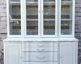 Vintage White Southern Lace French Provincial China Cabinet Hutch