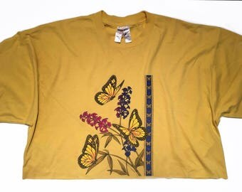 Vintage Yellow Monarch Butterflies & Flowers Crop Top T Shirt