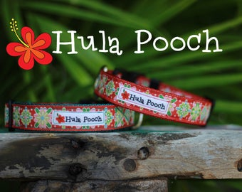 "Christmas Dog Collar / Holiday Dog Collar:  ""Christmas Flowers"" Small, Medium, Large, Wide, Adjustable // FREE SHIPPING"